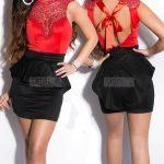 Sukienka baskinka z gipiurową koronką, czerwono-czarna