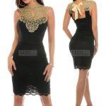 Czarna elegancka sukienka ze złotą koronką