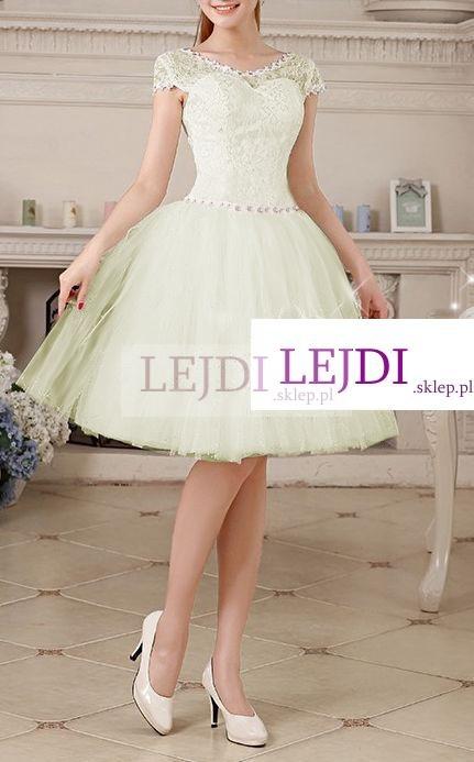 tiulowa rozkloszowana sukienka na wesele