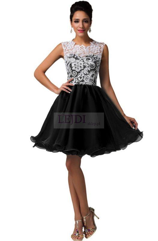 Czarna balowa sukienka na sylwestra