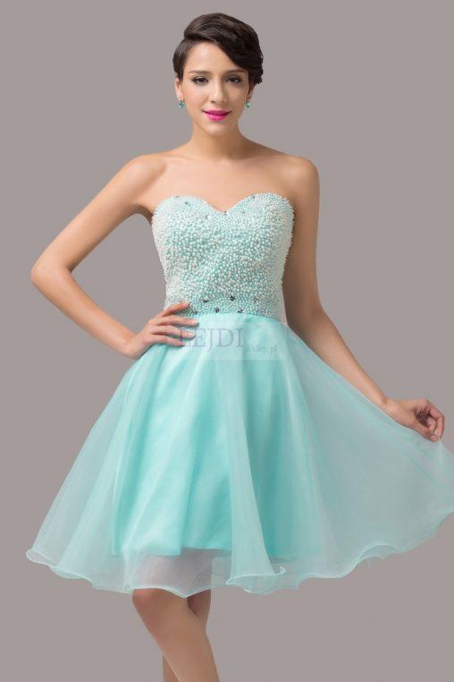 Błękitna balowa sukienka na sylwestra
