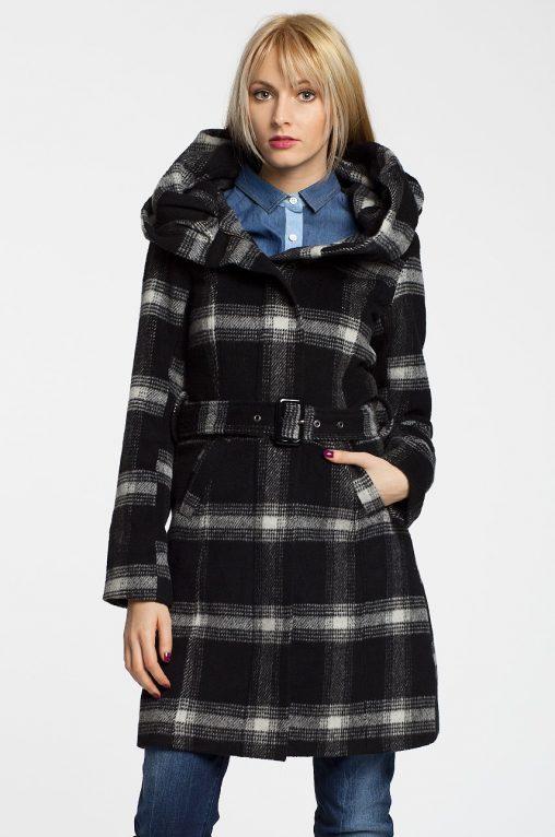 Jesienny płaszcz w kratę, z kapturem