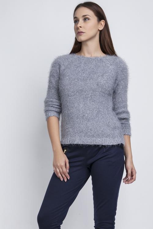 Ciepły puchaty sweterek szary