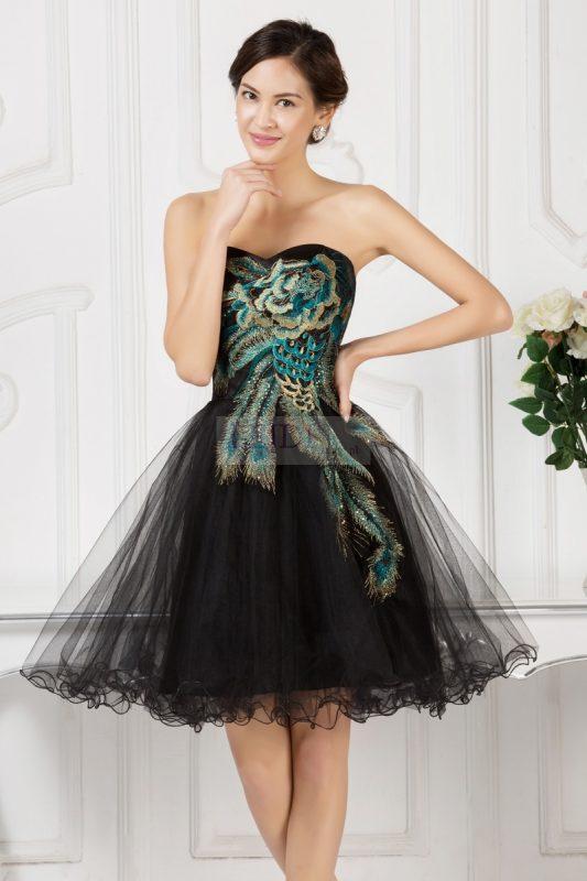 Czarna sukienka na wesele, sylwestra studniówkę