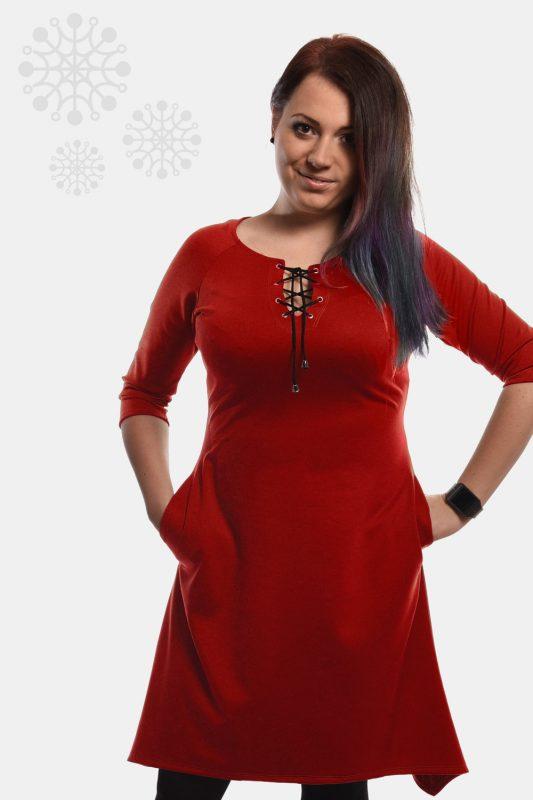 Rozkloszowana sukienka wiązany dekolt plus size, czerwona