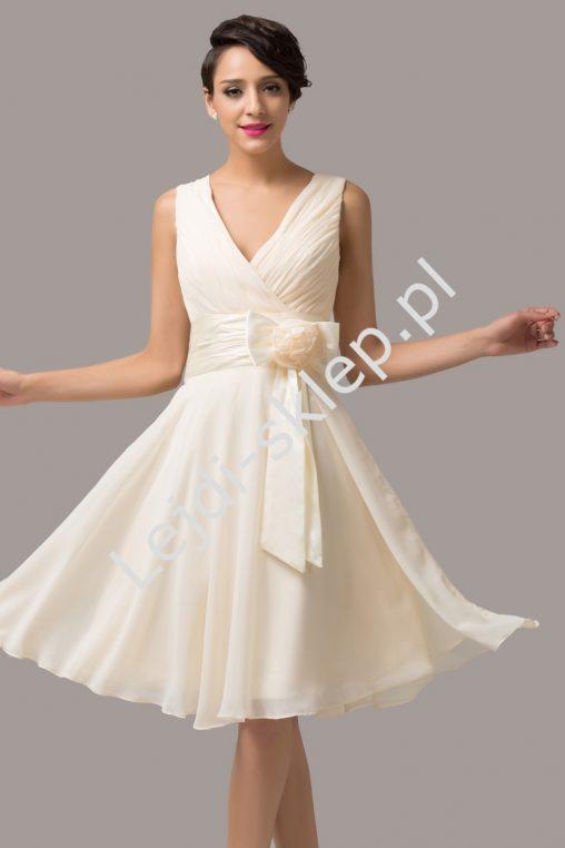 Szyfonowa sukienka z kokardą, plus size