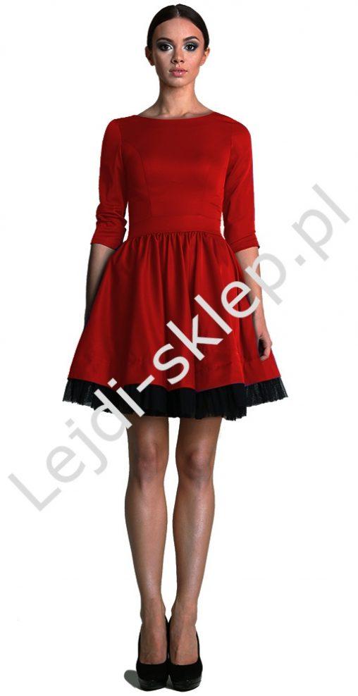 Sukienka z tiulem, czerwona