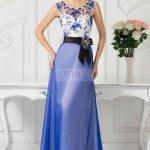Długa suknia balowa gorsetowa z koronką