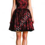 Wieczorowa sukienka z koronki, czarno – czerwona
