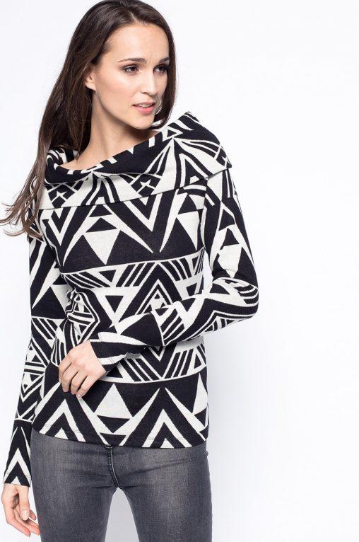 Wzorzysta modna bluzka wywijany golf bawełna