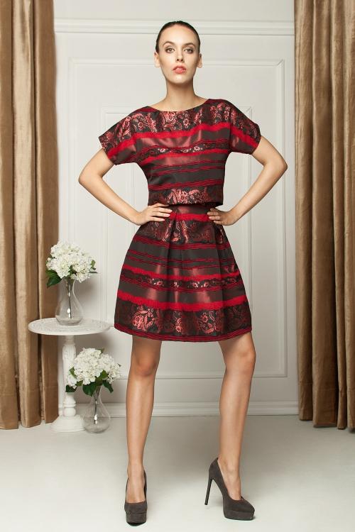 Sukienka dwuczęściowa z tafty czerwona