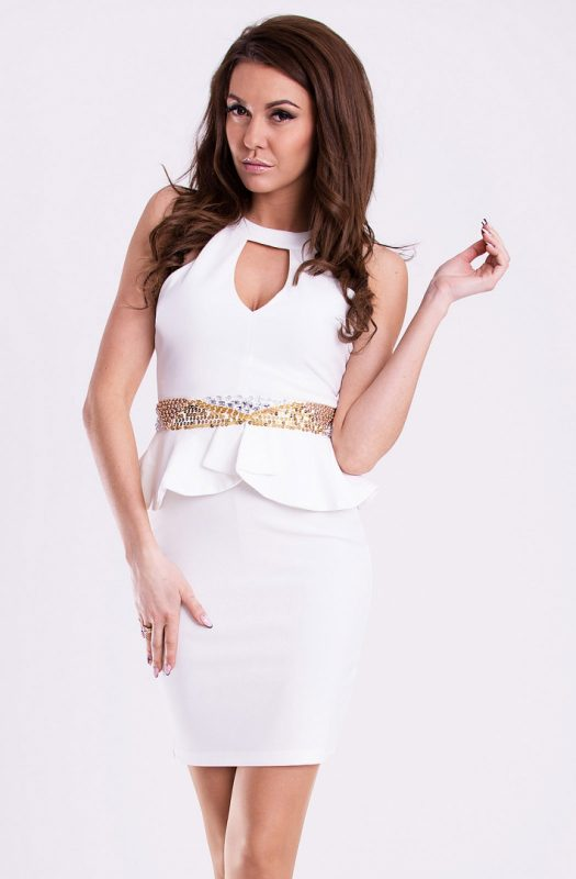 Obcisła sukienka mini z baskinką biała