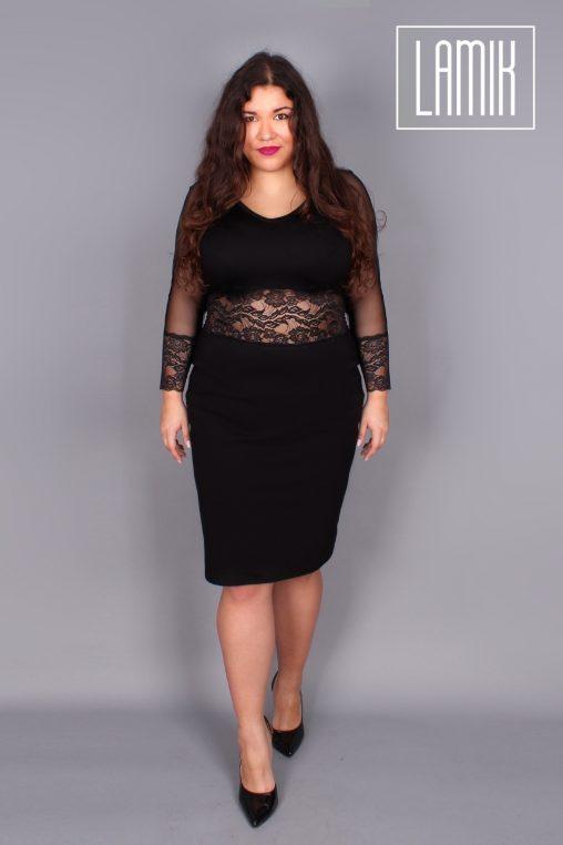 Czarna sukienka z koronką plus size