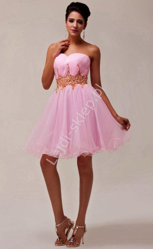 Gorsetowa sukienka balowa z kryształkami różowa