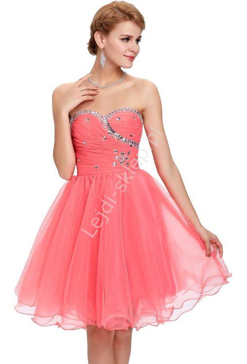 Gorsetowa sukienka tiulowa z kryształkami koralowa na wesele