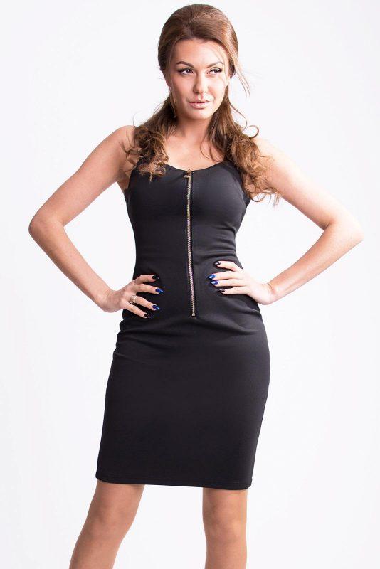 Czarna sukienka na grubych szelkach