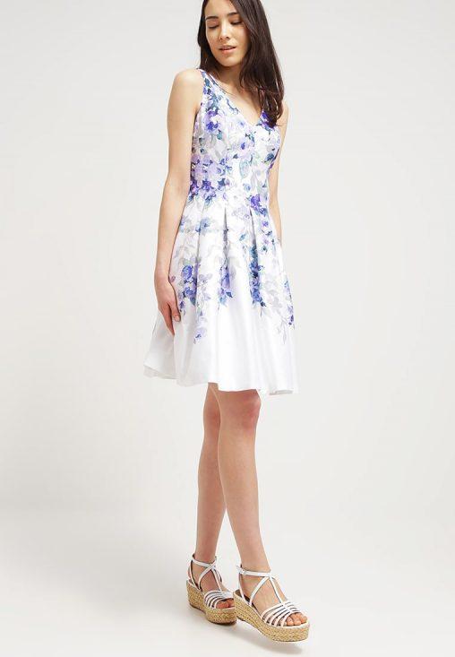 Letnia sukienka bez rękawów w kwiaty