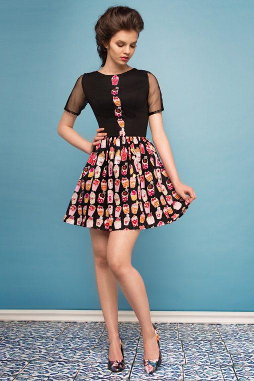 Słodka sukienka w babeczki