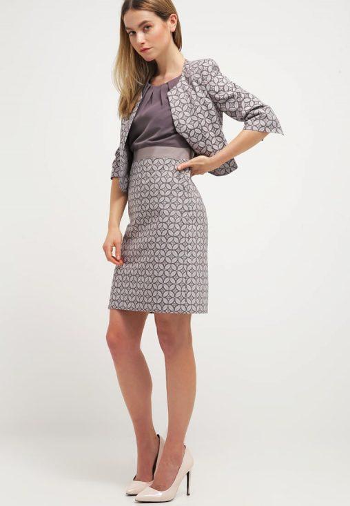 Elegancka sukienka z kieszeniami siwa