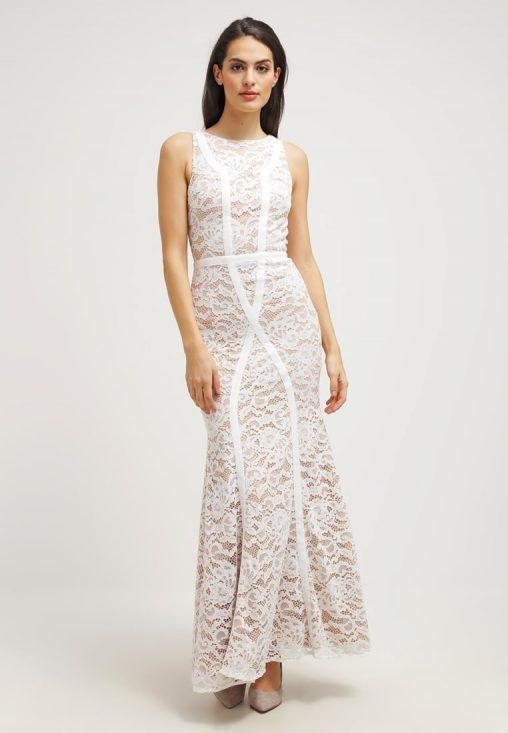 Długa wieczorowa suknia balowa z koronki