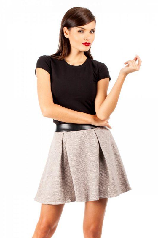 Rozkloszowana spódnica ze skórzanym pasem brązowa