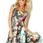 Letnia sukienka w kwiaty dłuższy tył