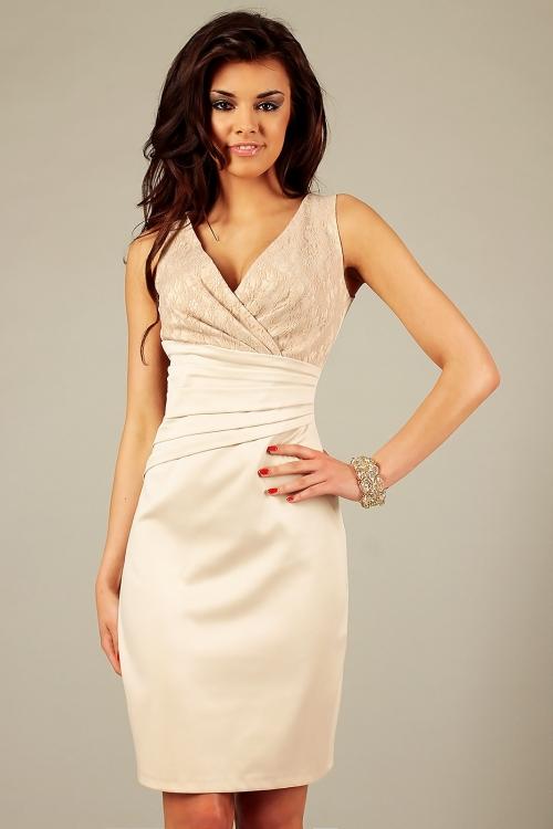 Wieczorowa satynowa elegancka sukienka z koronką beżowa