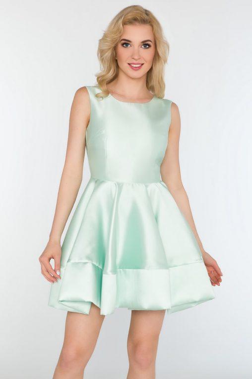 Rozkloszowana wizytowa sukienka bez rękawów błękitna