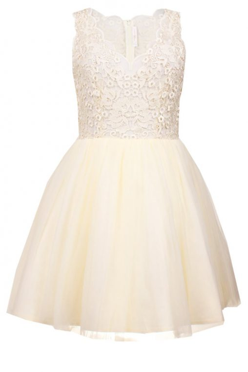 Tiulowa sukienka koronkowa koktajlowa ecru