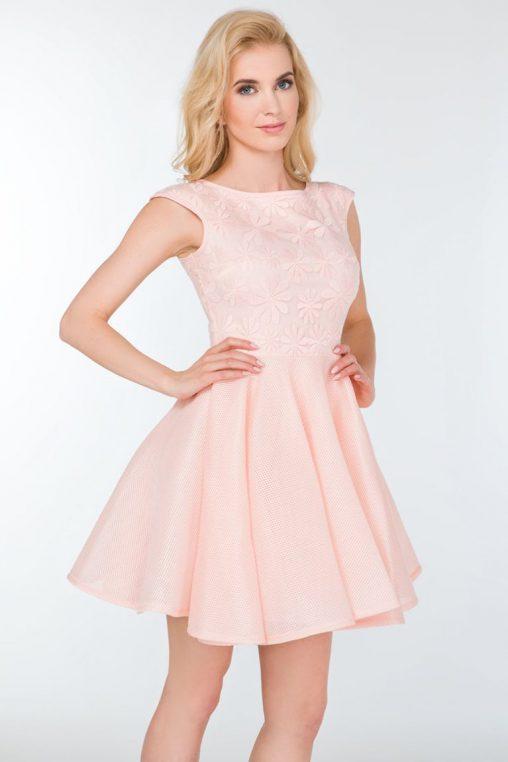 Śliczna rozkloszowana sukienka na wesele różowa