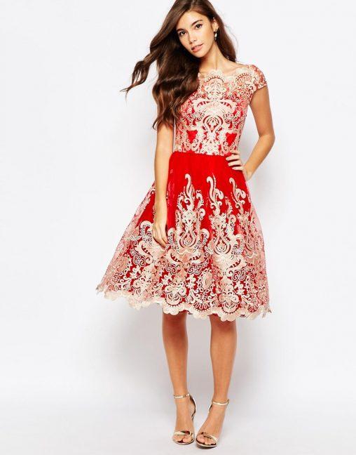 Bajeczna czerwona sukienka z haftem na studniówkę lub wesele