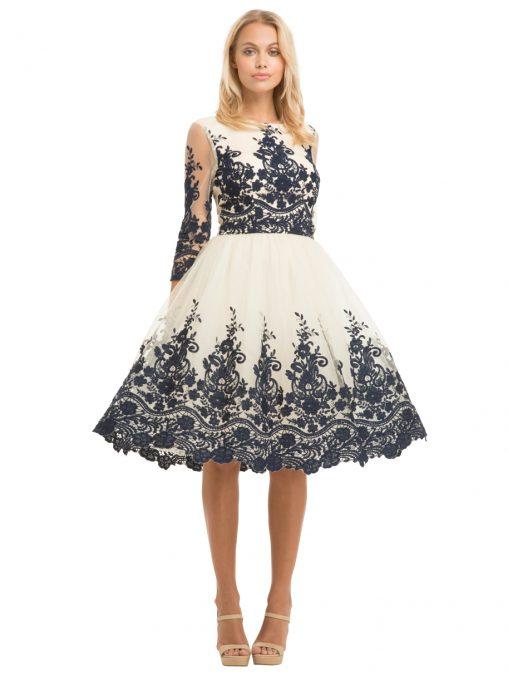 Haftowana wieczorowa sukienka na bal sylwestrowy, studniówkę lub wesele