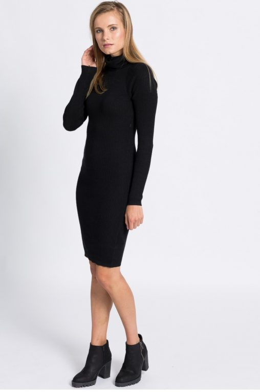 Dzianinowa sweterkowa sukienka z golfem długi rękaw czarna