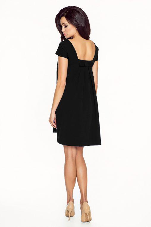 Luźna czarna trapezowa sukienka krótki rękaw