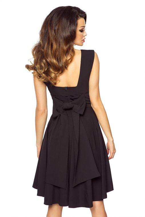 Asymetryczna sukienka z kokardą z tyłu czarna