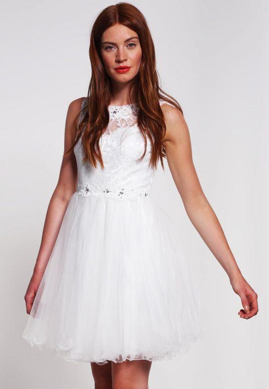 Balowa biała sukienka na studniówkę sylwestra lub wesele
