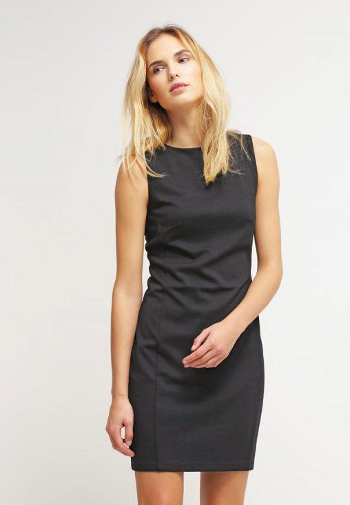 Dopasowana elegancka czarna obcisła sukienka mini