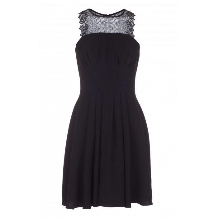 Elegancka mała czarna sukienka na sylwestra