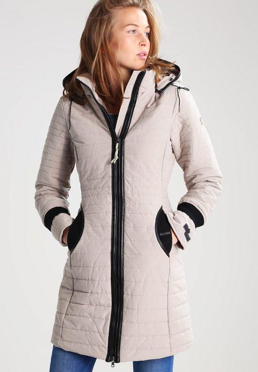 Beżowa dopasowana długa kurtka zimowa damska