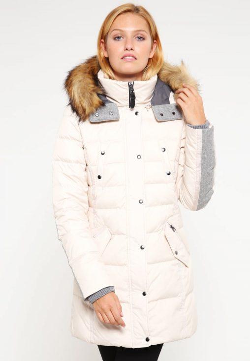 Długa biała puchowa kurtka damska z kapturem