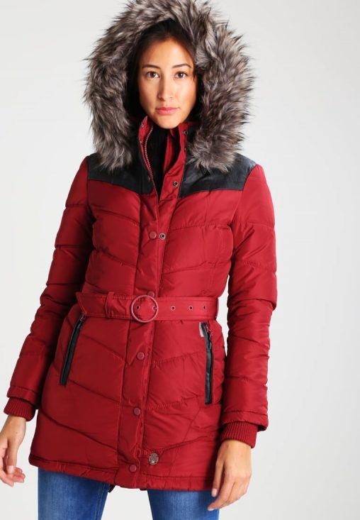 Długa czerwona kurtka damska z kapturem