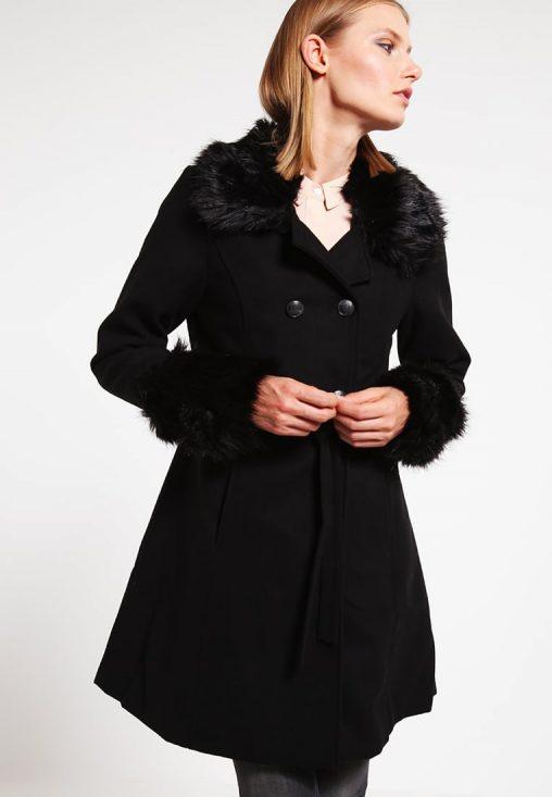 Czarny płaszcz zimowy damski z futerkiem
