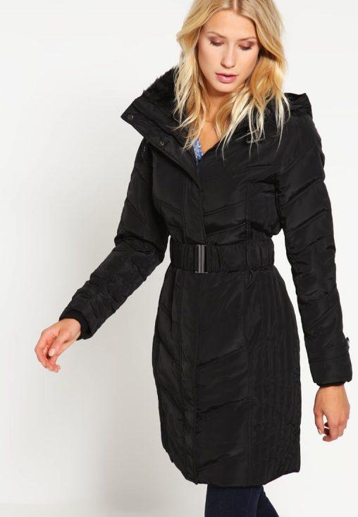 Czarna długa kurtka zimowa damska