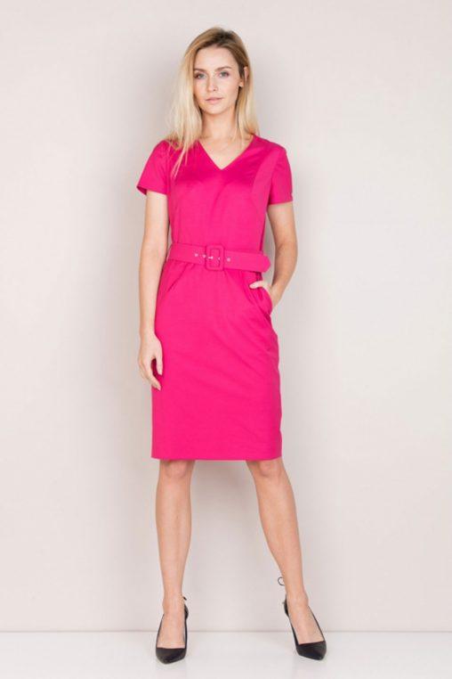 Różowa elegancka sukienka z paskiem