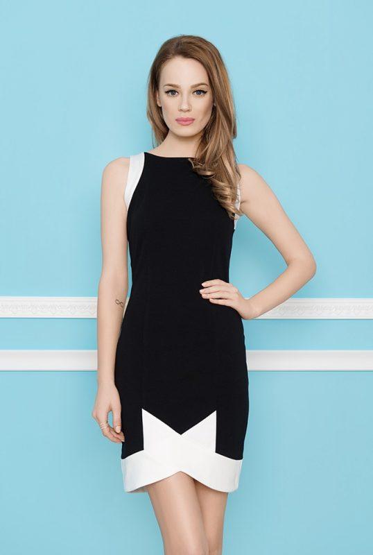 Elegancka obcisła czarna mini sukienka