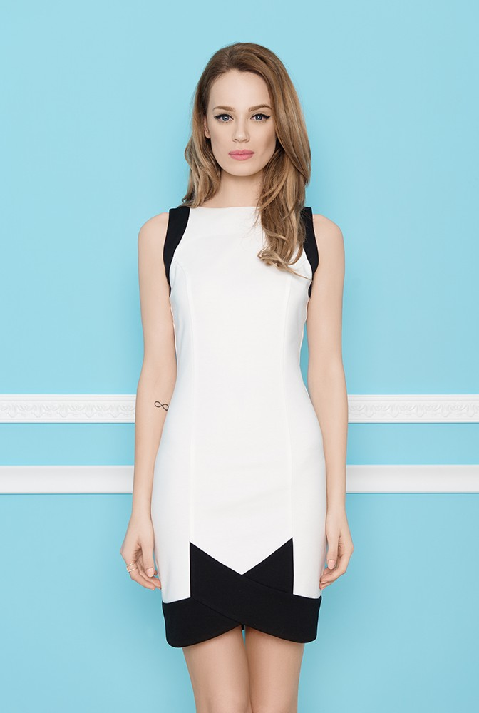 Elegancka obcisła mini sukienka ecru