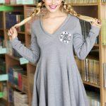 Dzianinowa szara rozkloszowana sukienka mini