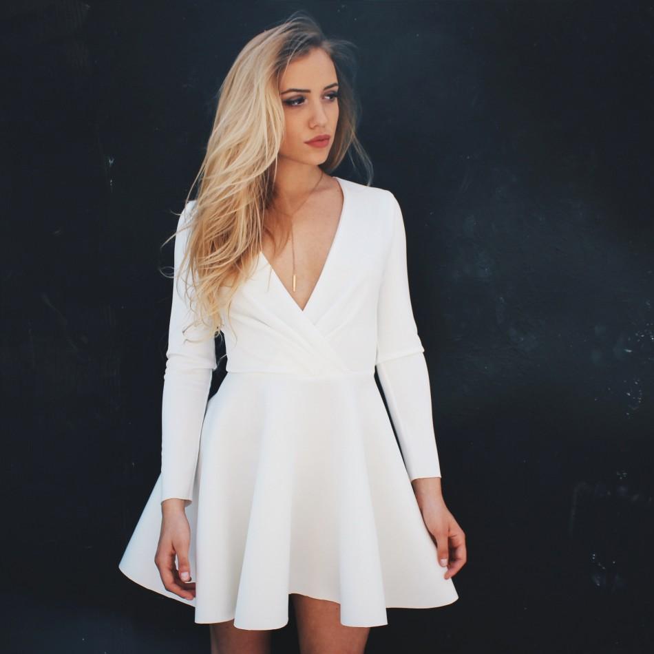 Piankowa sukienka z długim rękawem ecru