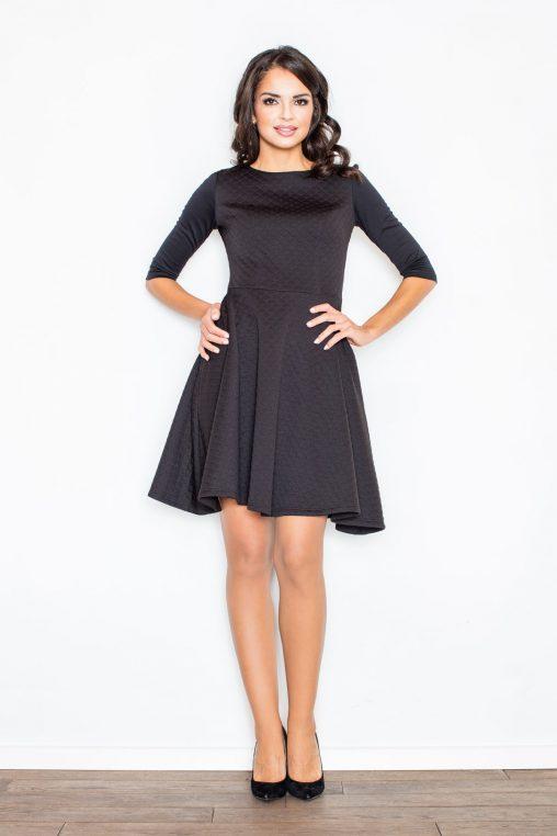 Czarna pikowana sukienka z długim rękawem