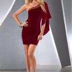 Sylwestrowa czerwona sukienka na jedno ramię
